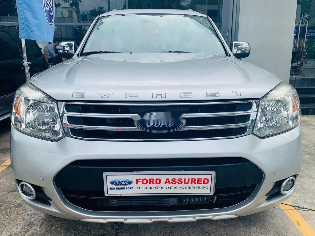 Cần bán Ford Everest năm 2013, màu bạc còn mới, 560 triệu (7)