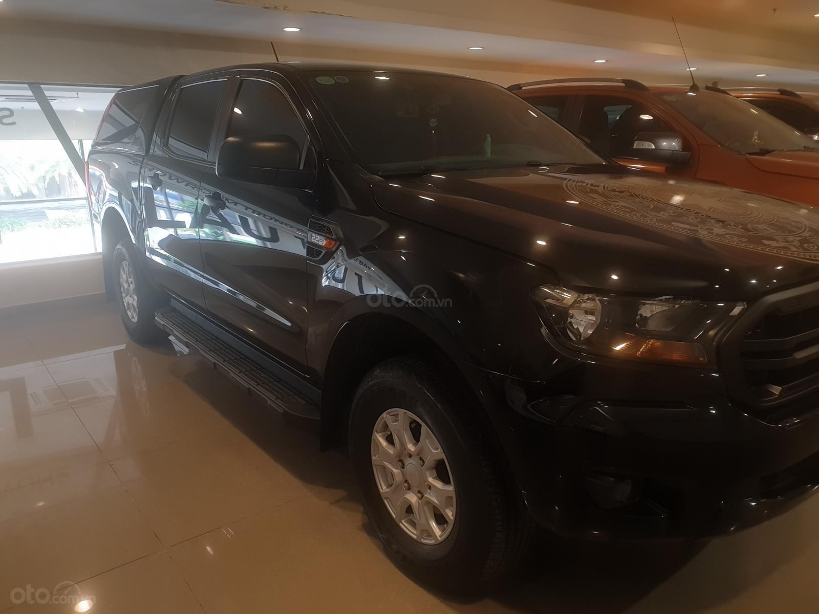 Ranger XLS 4x4 MT 2020 đen, xe đẹp giá hợp lý (4)