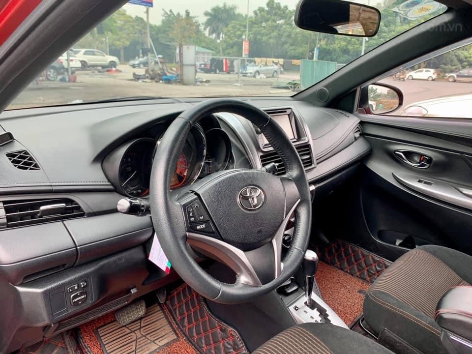 Bán Toyota Yaris đời 2015, màu đỏ, nhập khẩu (4)