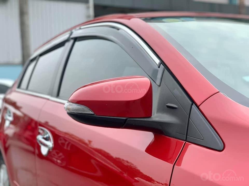 Bán Toyota Yaris đời 2015, màu đỏ, nhập khẩu (2)