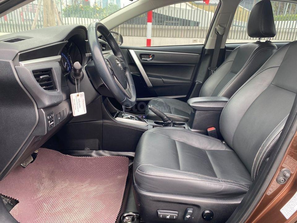 Cần bán lại xe Toyota Corolla Altis sản xuất năm 2014, màu nâu (4)