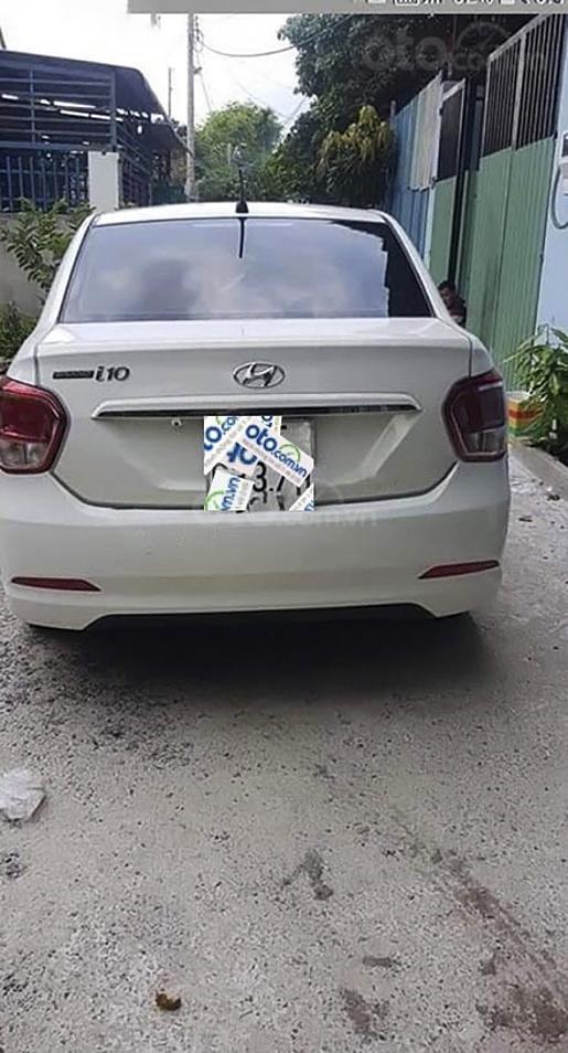 Bán ô tô Hyundai Grand i10 năm sản xuất 2015, màu trắng, nhập khẩu nguyên chiếc (3)
