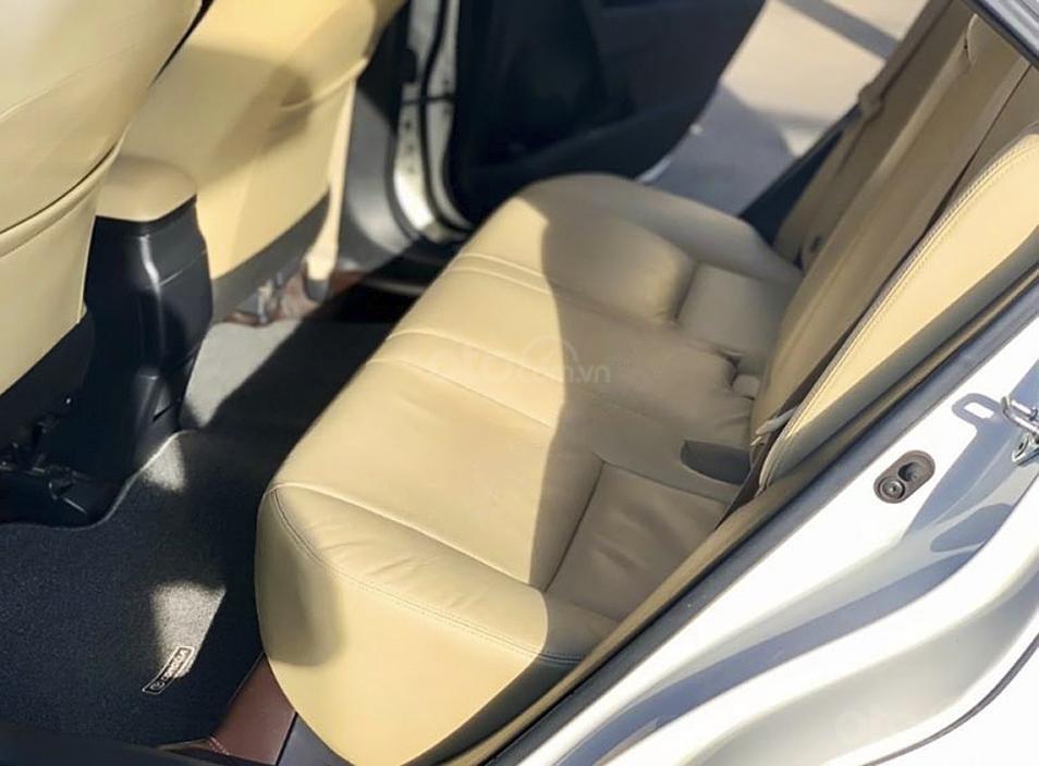 Cần bán lại xe Toyota Corolla Altis 1.8 G sản xuất năm 2018, màu trắng, giá tốt (3)