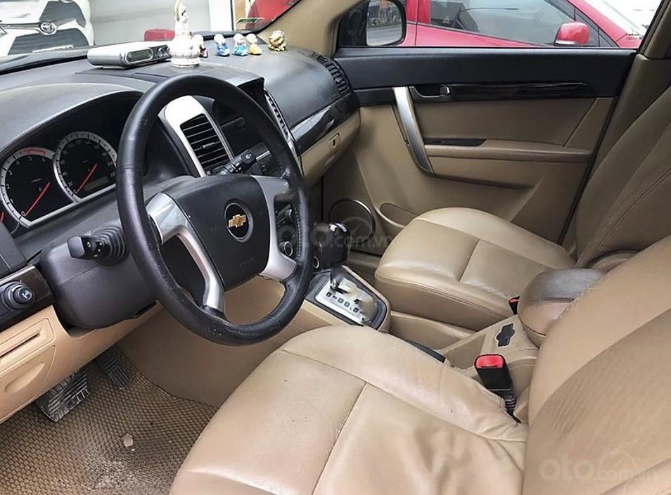 Cần bán gấp Chevrolet Captiva LTZ năm sản xuất 2011, màu đen (3)