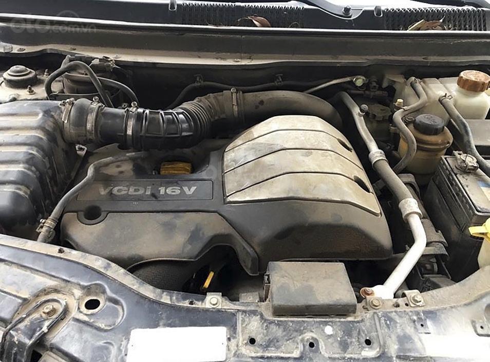 Cần bán gấp Chevrolet Captiva LTZ năm sản xuất 2011, màu đen (5)