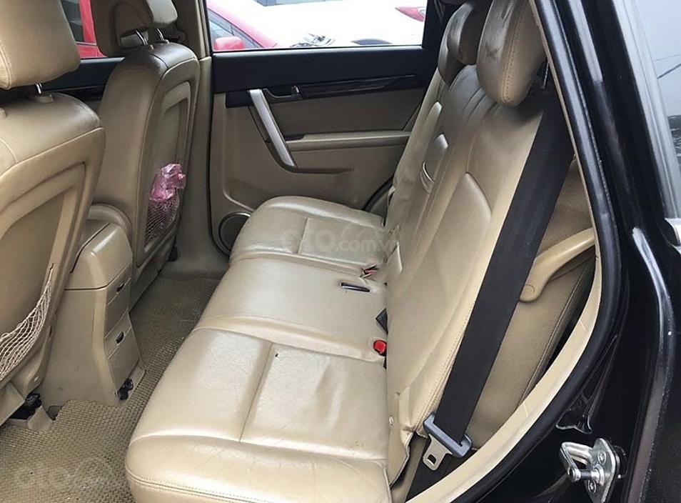 Cần bán gấp Chevrolet Captiva LTZ năm sản xuất 2011, màu đen (2)