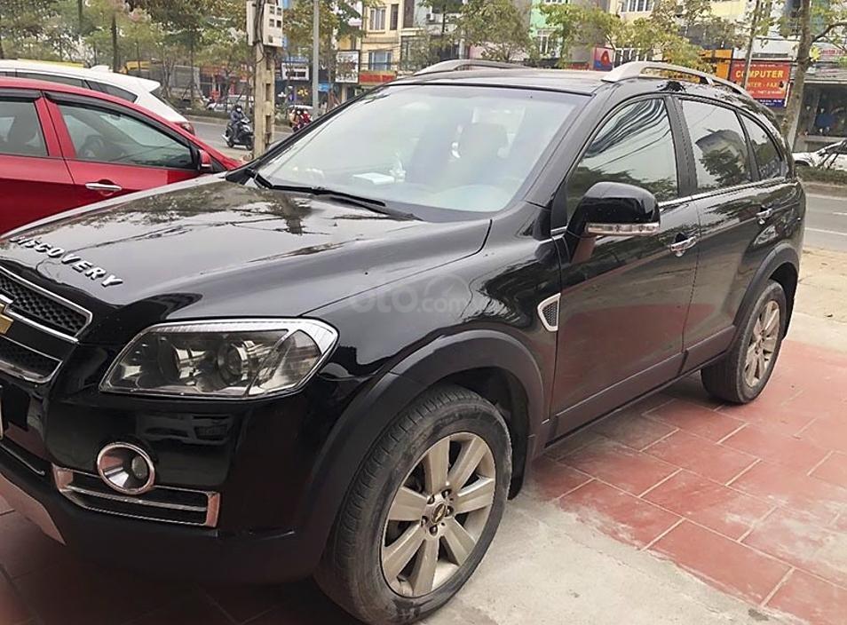 Cần bán gấp Chevrolet Captiva LTZ năm sản xuất 2011, màu đen (1)
