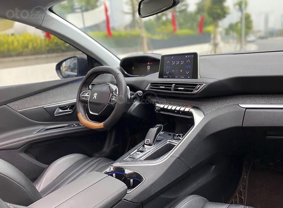Cần bán xe Peugeot 5008 1.6 AT sản xuất năm 2018, màu đen (4)
