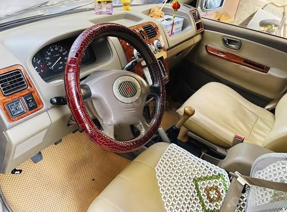 Cần bán xe Mitsubishi Jolie SS năm sản xuất 2005 (3)