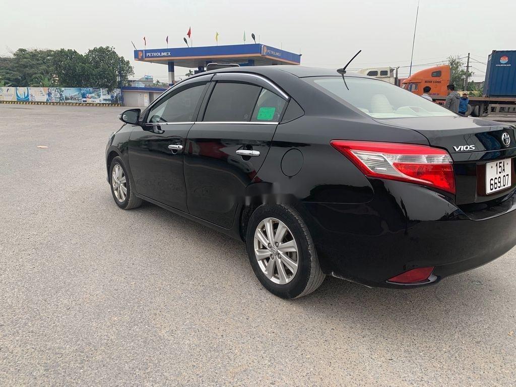 Cần bán gấp Toyota Vios 2016, màu đen, xe nhập, giá tốt (4)