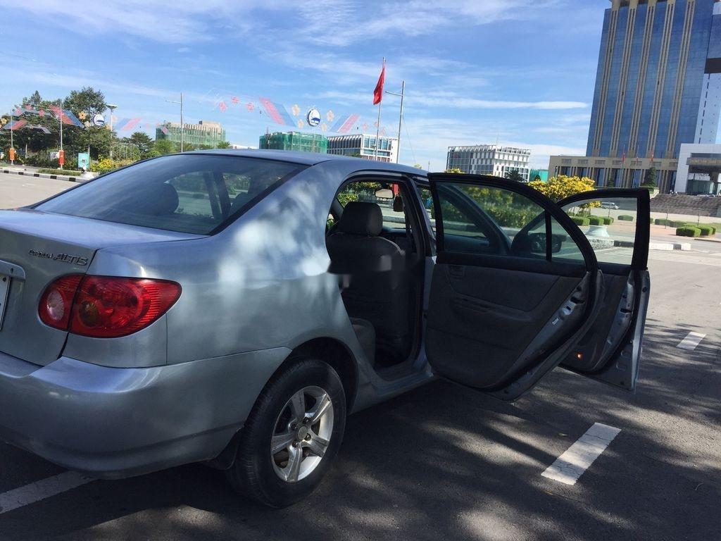 Cần bán lại xe Toyota Corolla Altis đời 2001, màu bạc (3)