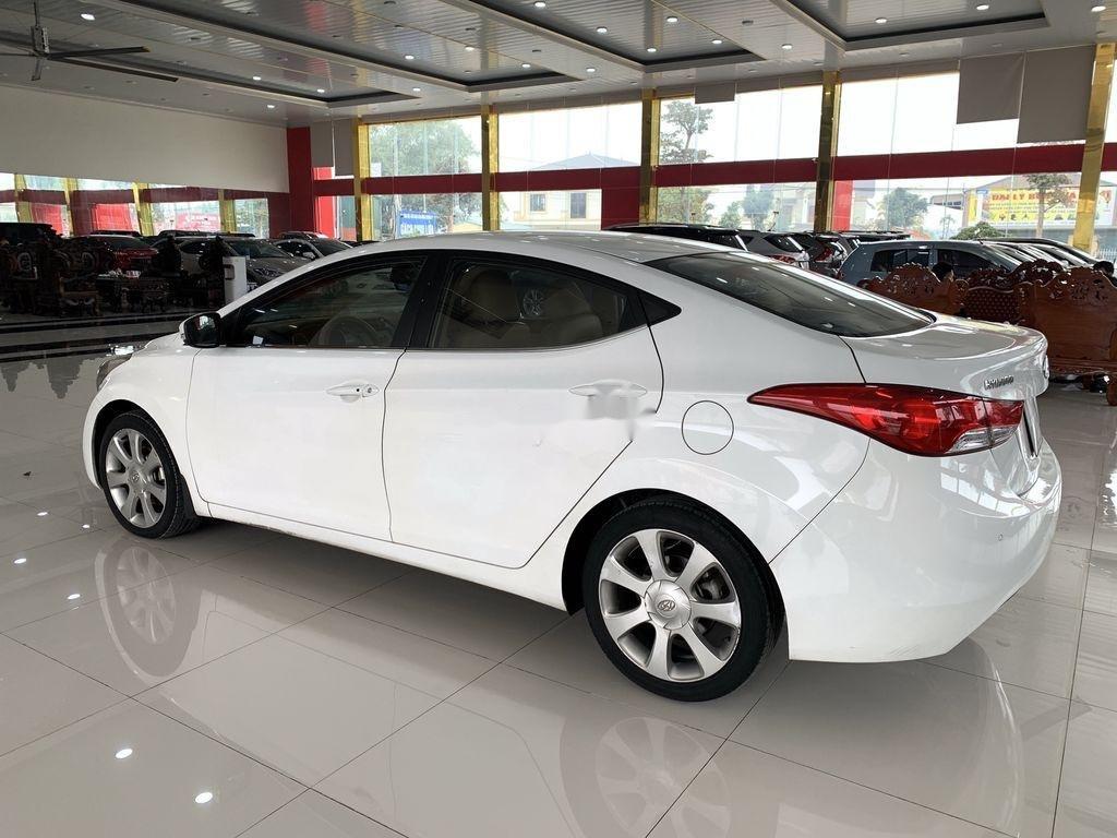 Bán xe Hyundai Elantra sản xuất 2011, nhập khẩu (5)