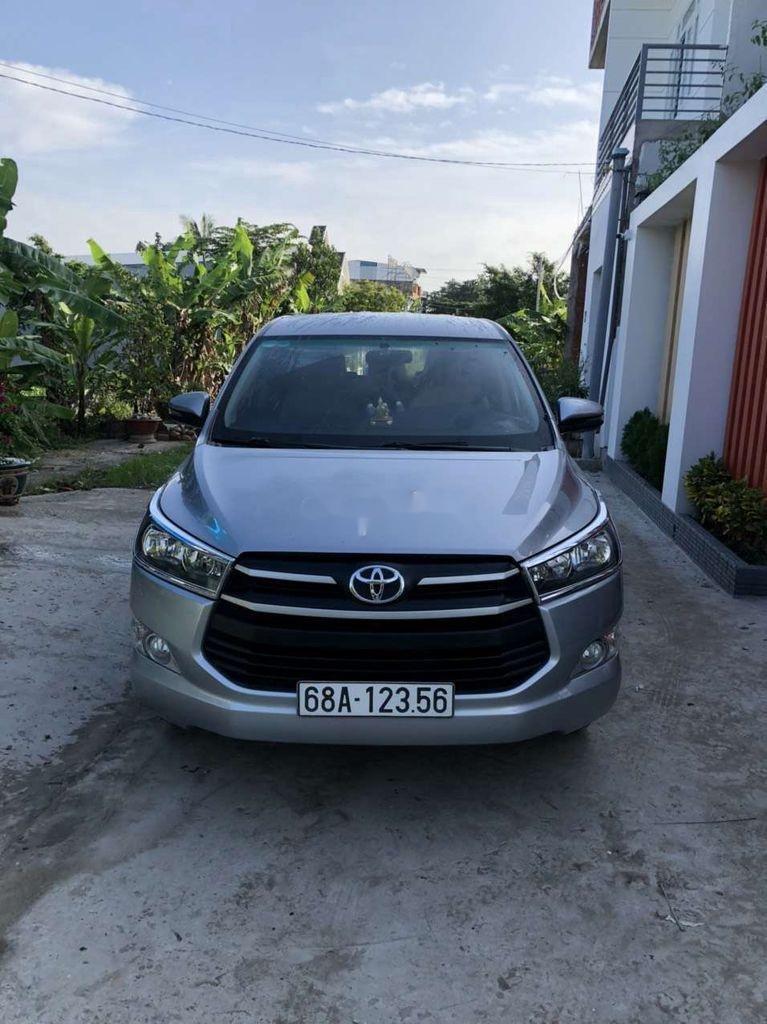 Bán Toyota Innova sản xuất năm 2019 còn mới (1)