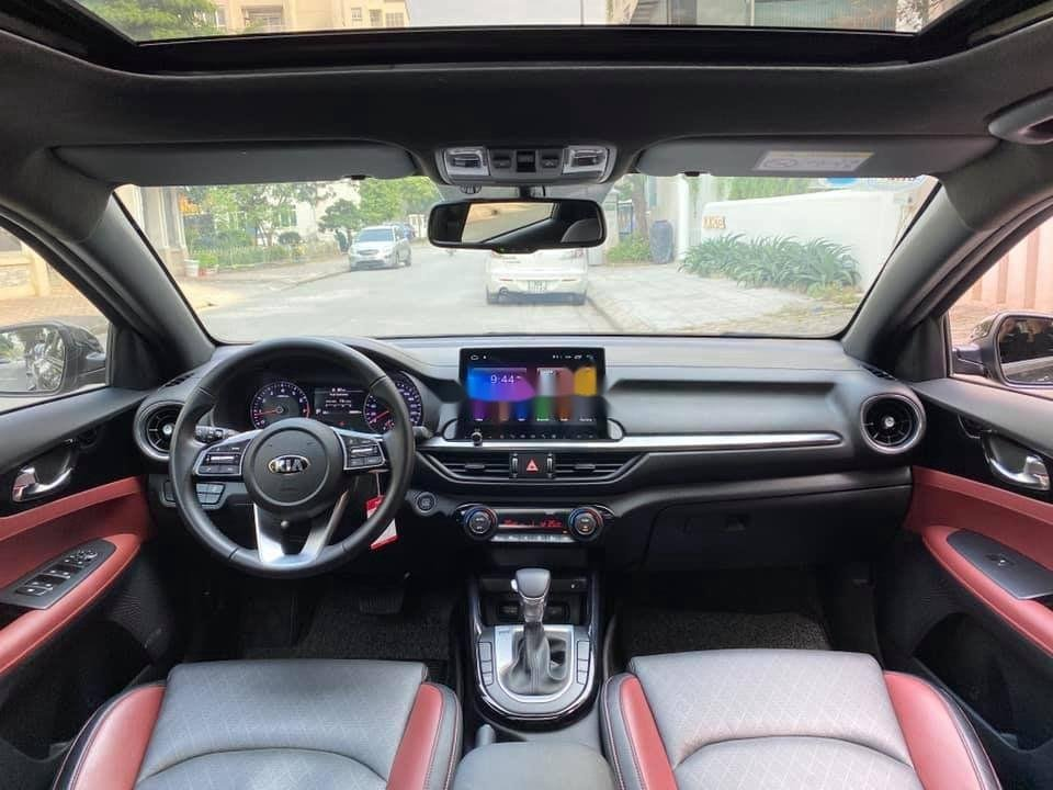 Cần bán gấp Kia Cerato 2.0 full AT sản xuất năm 2019 (5)