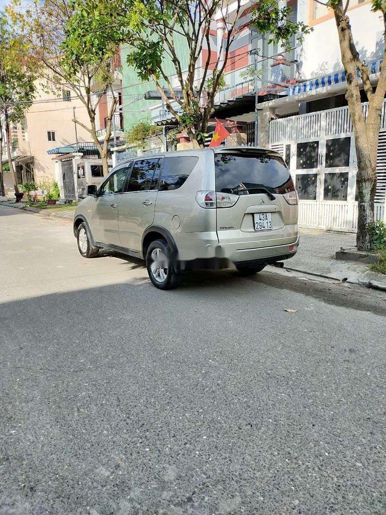 Cần bán lại xe Mitsubishi Zinger năm sản xuất 2009, màu vàng  (6)