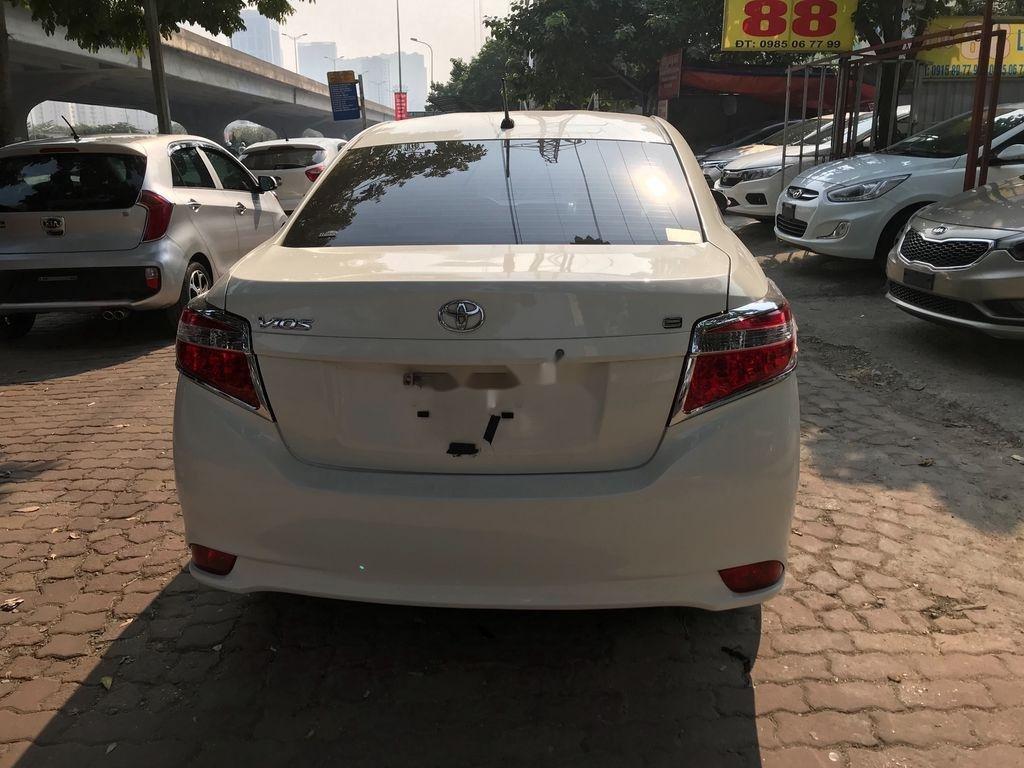 Cần bán xe Toyota Vios 2018, màu trắng  (8)