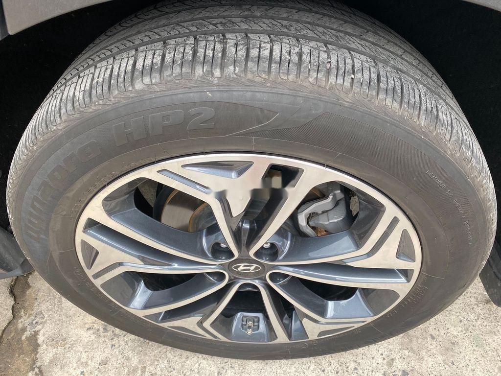 Bán Hyundai Santa Fe năm 2019, màu xanh lam chính chủ (5)