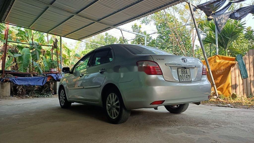 Bán Toyota Vios sản xuất 2010, giá tốt, xe chính chủ còn mới (5)