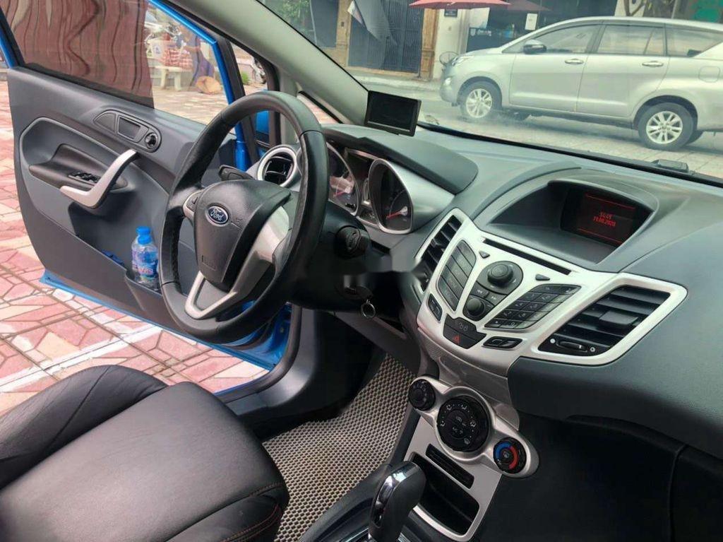 Bán Ford Fiesta 2013, màu xanh lam chính chủ, giá 335tr (6)