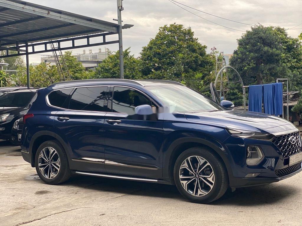 Bán Hyundai Santa Fe năm 2019, màu xanh lam chính chủ (3)