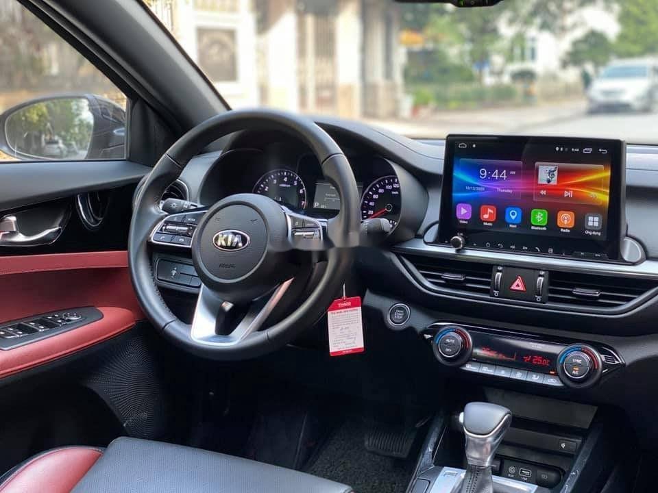 Cần bán gấp Kia Cerato 2.0 full AT sản xuất năm 2019 (8)