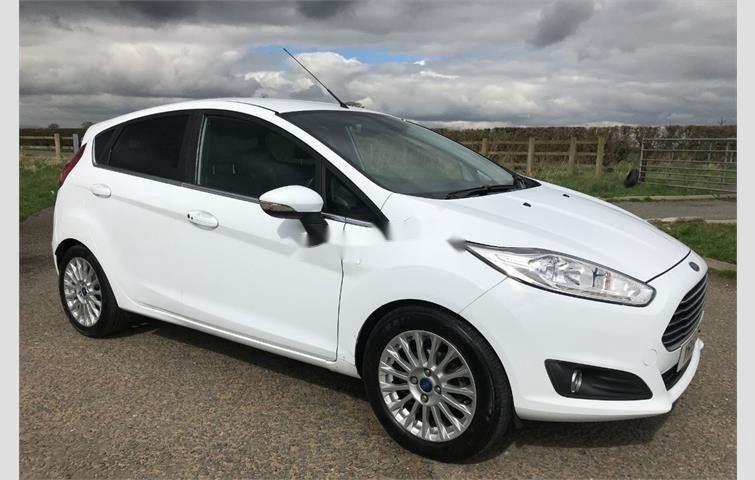 Bán Ford Fiesta năm sản xuất 2014, màu trắng  (1)