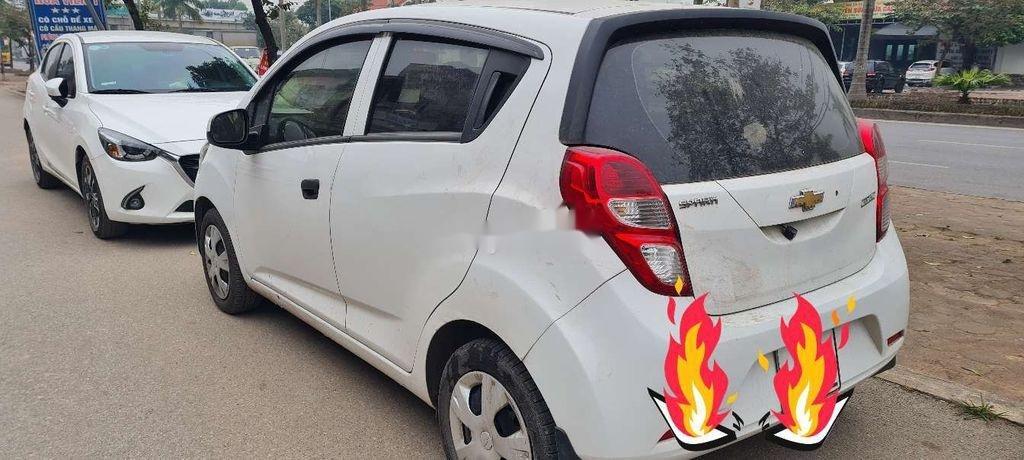 Cần bán Chevrolet Spark năm sản xuất 2018, màu trắng, giá chỉ 180 triệu (1)