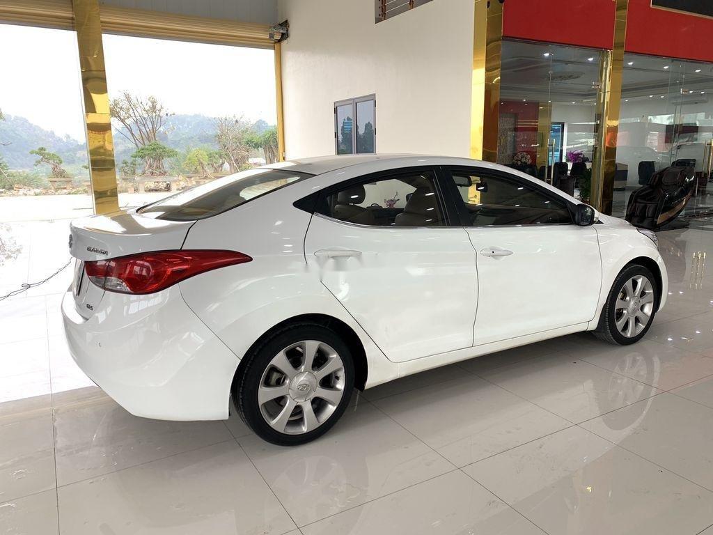 Bán xe Hyundai Elantra sản xuất 2011, nhập khẩu (6)