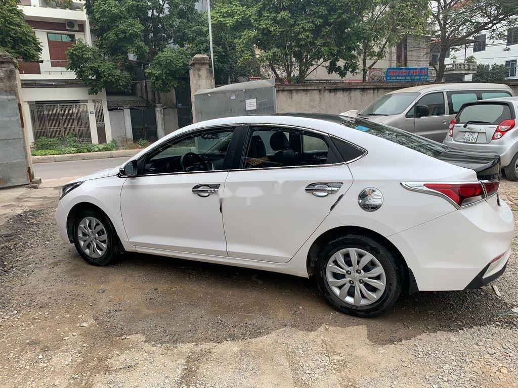 Bán Hyundai Accent sản xuất 2019, màu trắng (5)