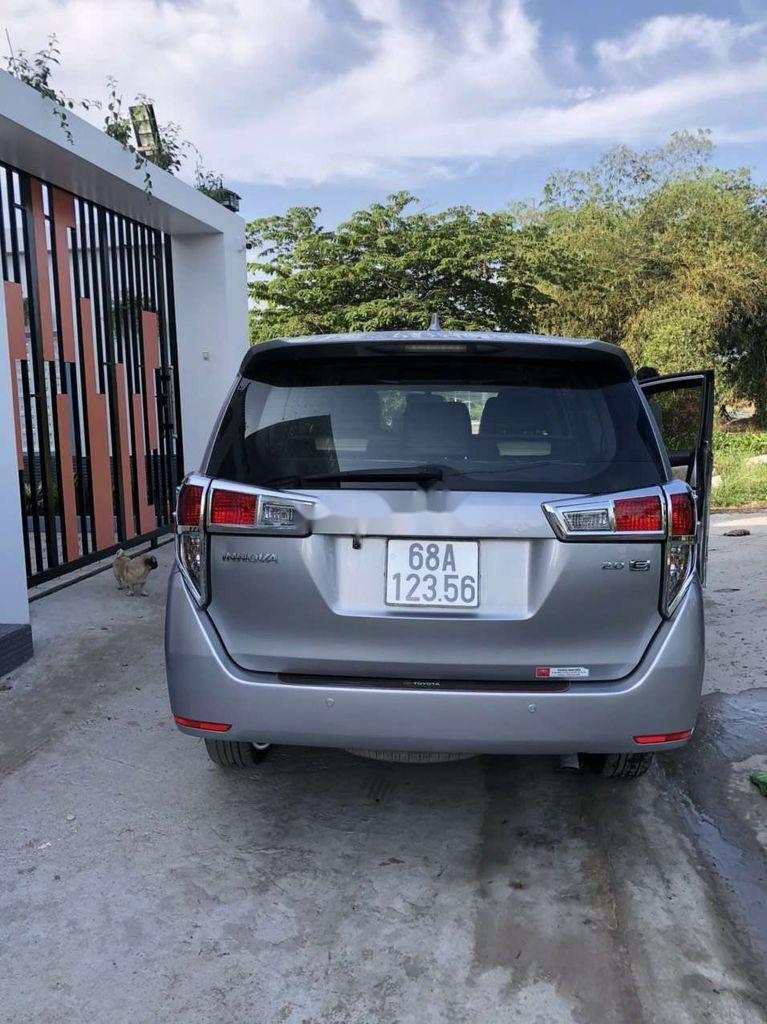 Bán Toyota Innova sản xuất năm 2019 còn mới (4)