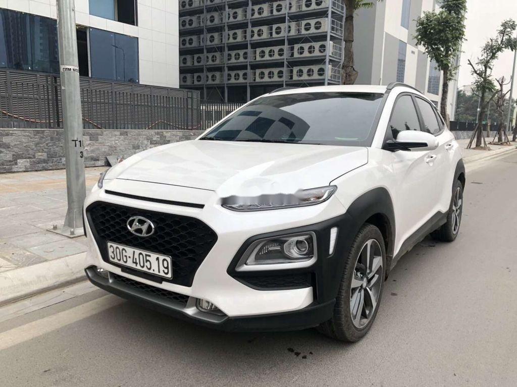 Bán Hyundai Kona đời 2020, màu trắng chính chủ (1)