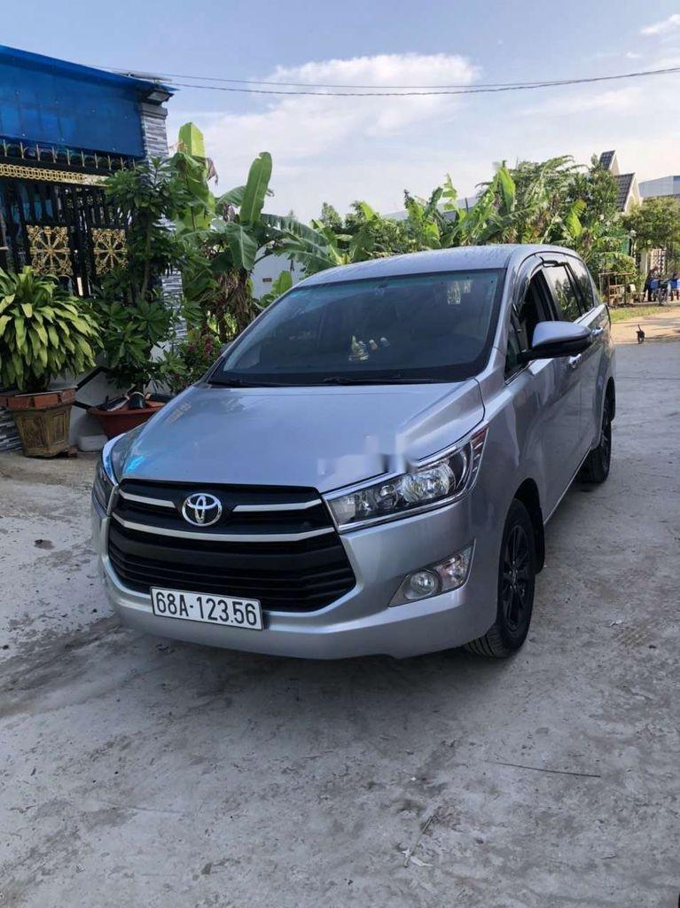 Bán Toyota Innova sản xuất năm 2019 còn mới (5)