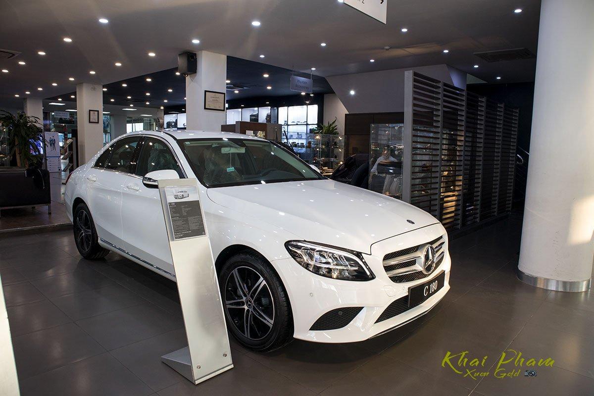 Mercedes-Benz C 180 đang bán tại Việt Nam 1