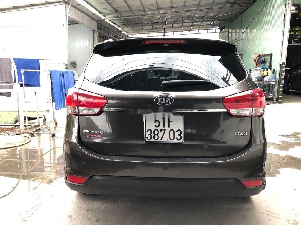 Bán xe Kia Rondo sản xuất năm 2015, giá tốt (8)