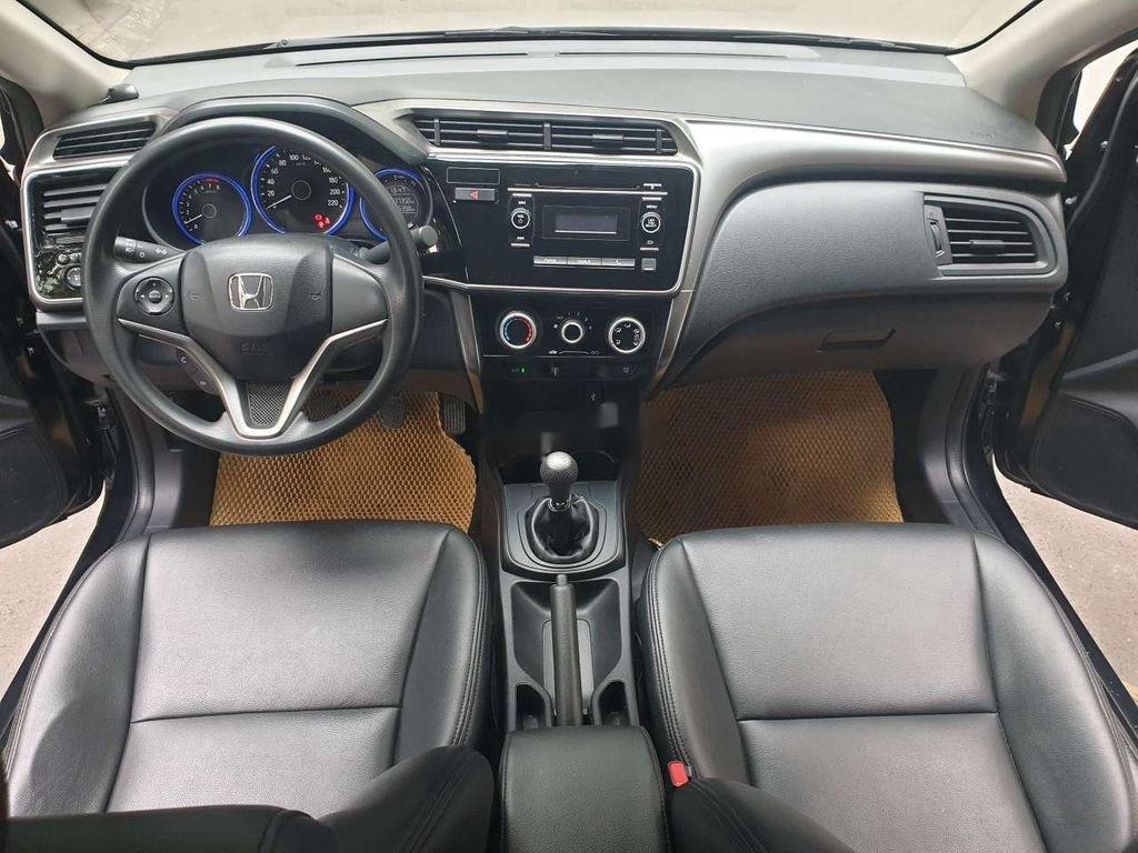 Cần bán lại xe Honda City 2017, màu đen số sàn, 410 triệu (10)