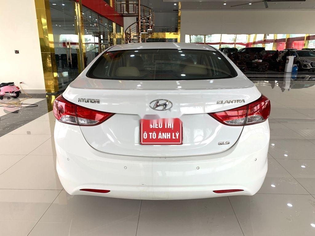 Bán xe Hyundai Elantra sản xuất 2011, nhập khẩu (2)
