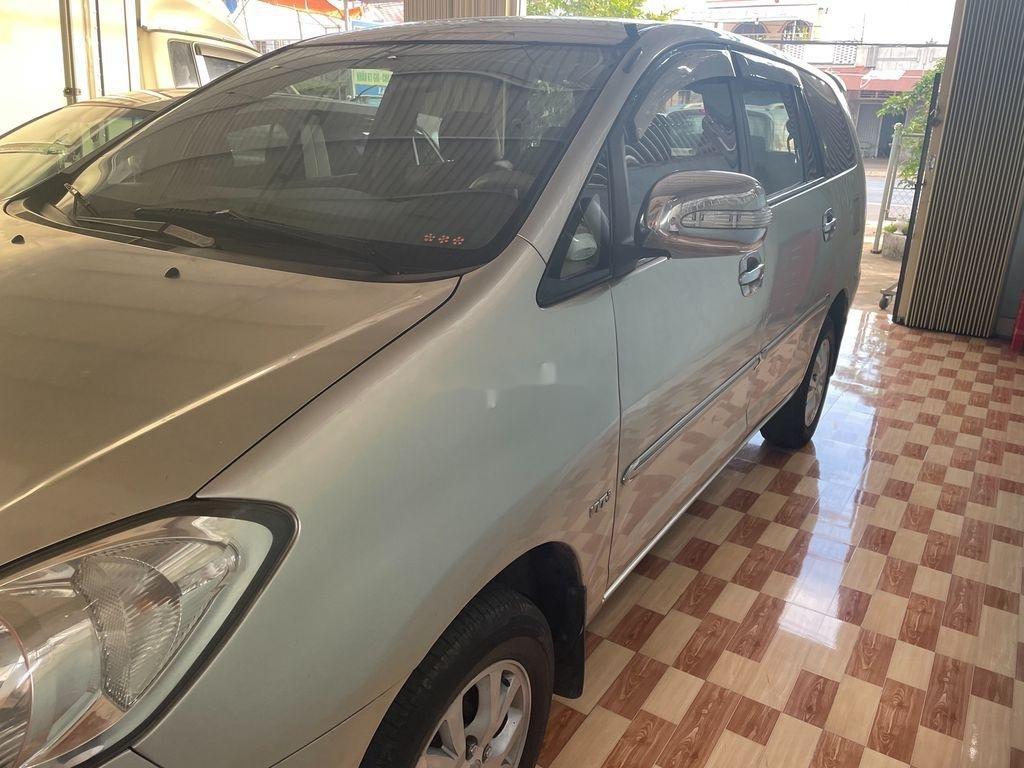 Cần bán xe Toyota Innova sản xuất 2008, giá thấp (3)