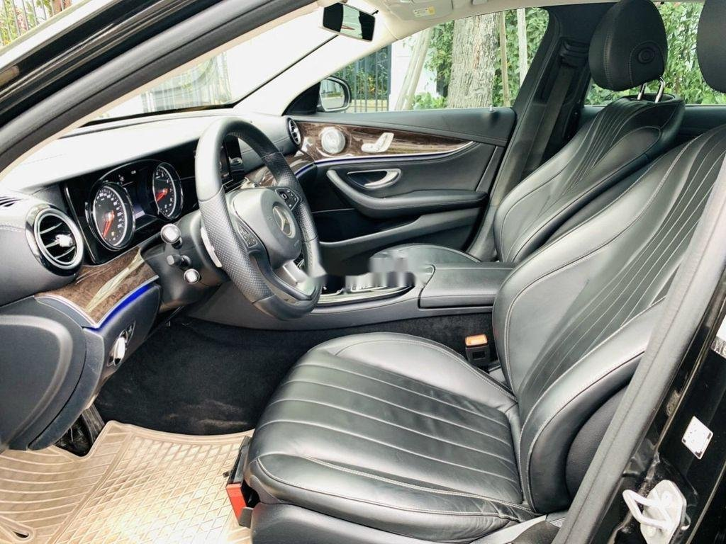 Cần bán Mercedes E250 năm sản xuất 2016, màu đen  (6)