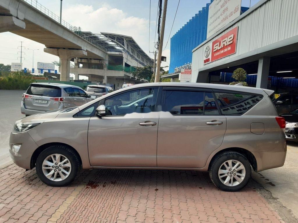 Cần bán gấp Toyota Innova G năm 2017, giá thấp, chính chủ sử dụng (4)