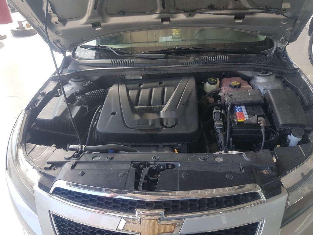 Cần bán Chevrolet Cruze năm sản xuất 2011, giá tốt (3)