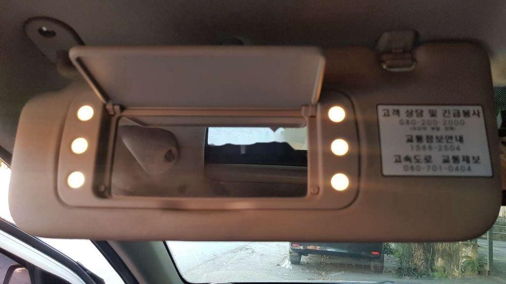 Xe Kia Morning sản xuất 2011, màu trắng, nhập khẩu còn mới (7)