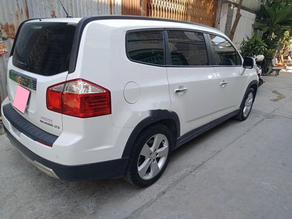 Bán Chevrolet Orlando 2017, màu trắng (3)