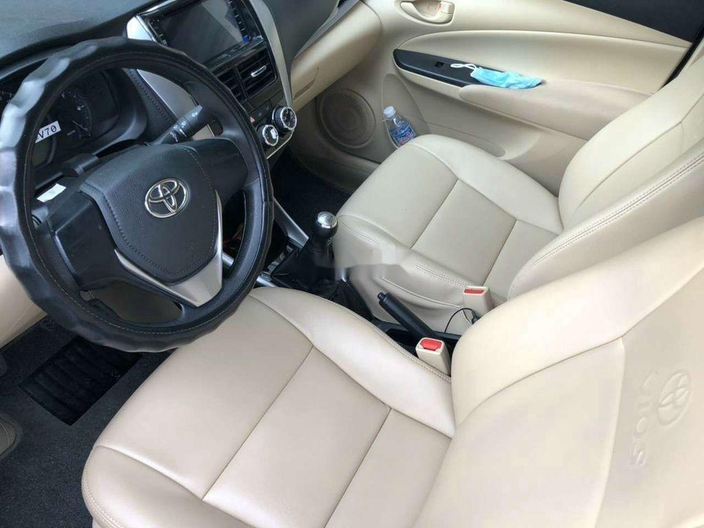 Xe Toyota Vios đời 2019 số sàn giá cạnh tranh (8)