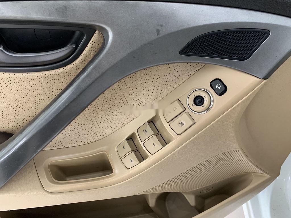 Bán xe Hyundai Elantra sản xuất 2011, nhập khẩu (10)