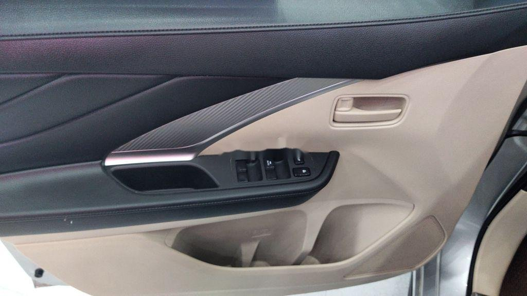 Bán ô tô Mitsubishi Xpander sản xuất năm 2019, giá mềm (9)