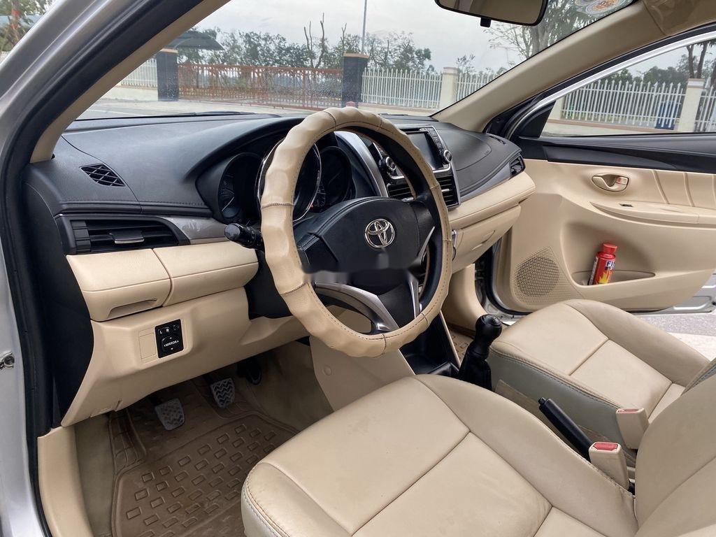 Cần bán gấp Toyota Vios sản xuất 2015, màu bạc, giá chỉ 346 triệu (6)