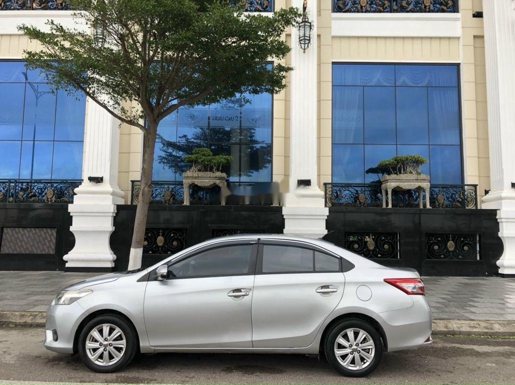 Bán ô tô Toyota Vios sản xuất 2014, màu bạc chính chủ, giá chỉ 340 triệu (7)