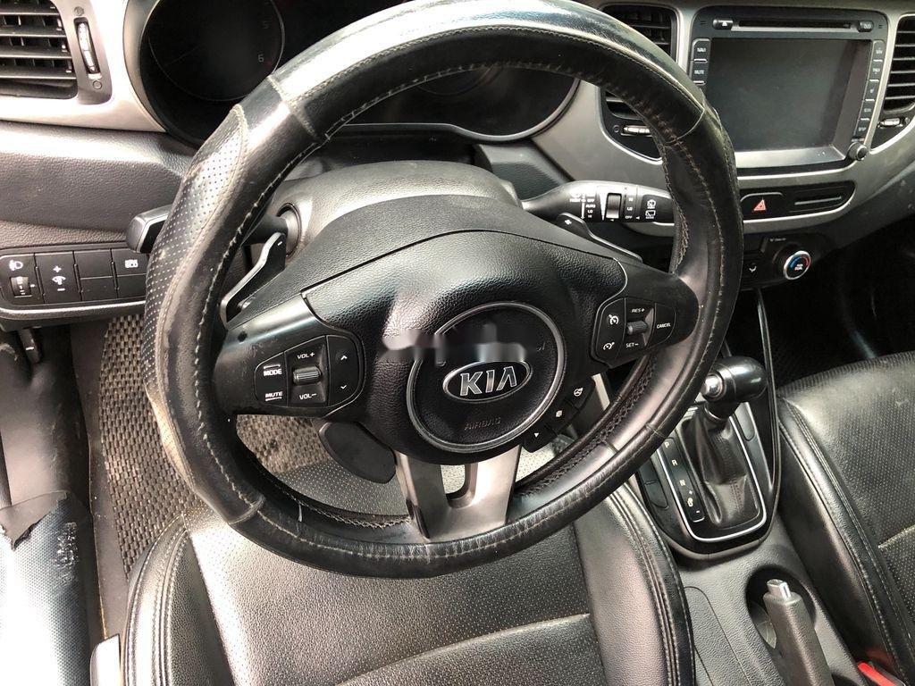 Bán xe Kia Rondo sản xuất năm 2015, giá tốt (5)