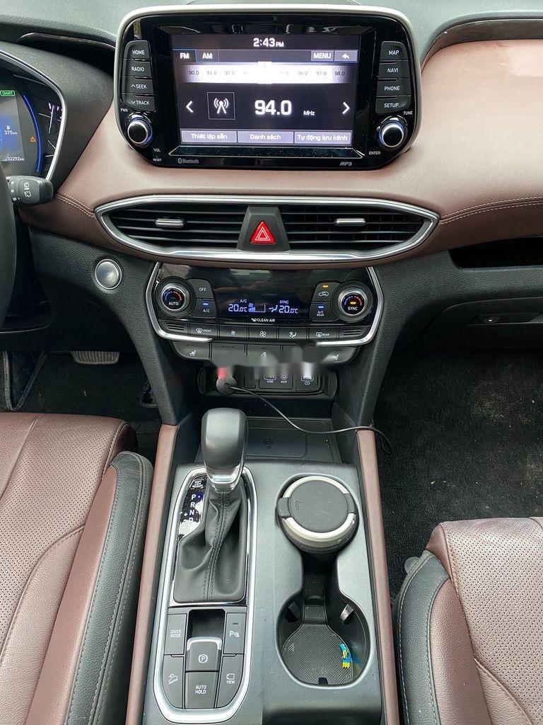 Bán Hyundai Santa Fe năm 2019, màu xanh lam chính chủ (8)