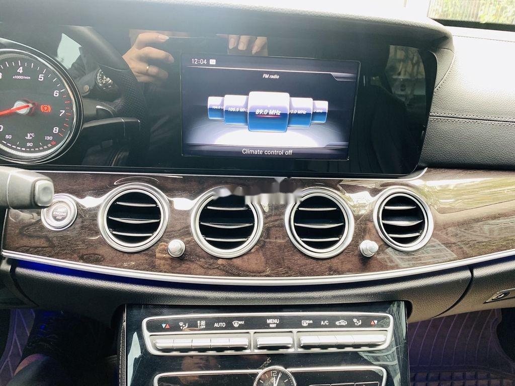 Cần bán Mercedes E250 năm sản xuất 2016, màu đen  (5)